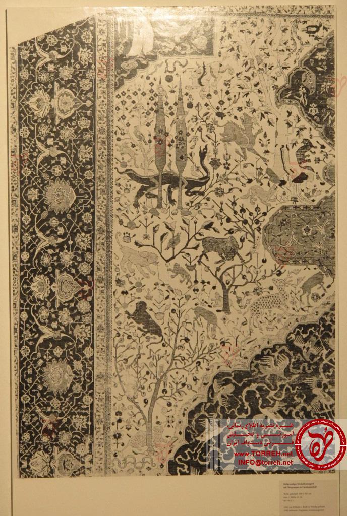 برش یک چهارم از فرش زمینه سفید، نیمه اول سده شانزدهم میلادی