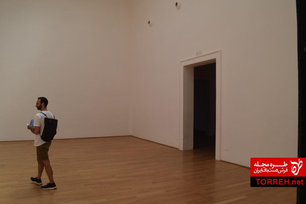فضای داخلی غرفهی انگلستان، عکس از نگارنده